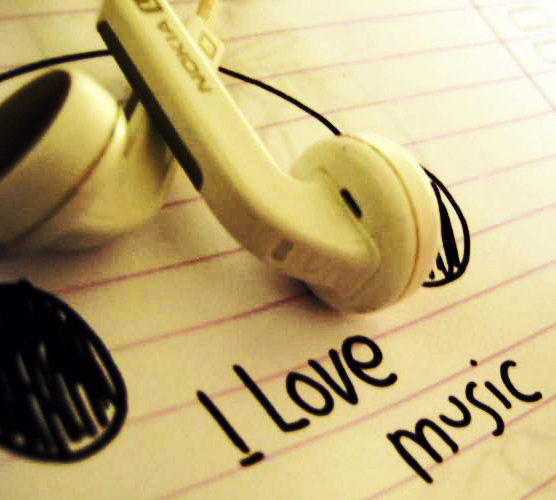 28530_i_love_music_by_miroon